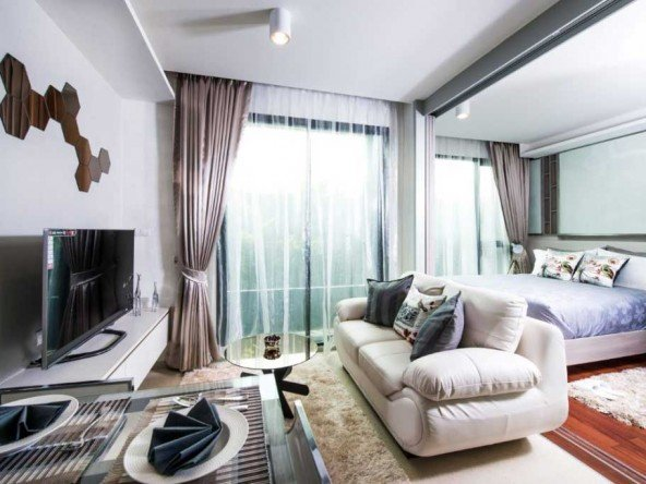 1 Bed Condo 650 meters from both Surin and Bangtao - 1083 104
