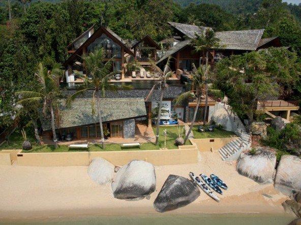 DVR320 - Epic Beach Front Villa 184
