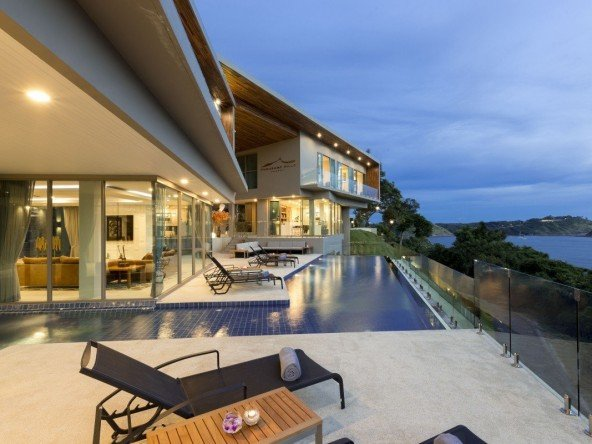 DVR206 – Luxury Villa Nai Harn Beach Phuket 20