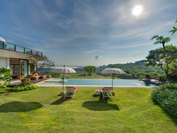 DVR522 - Breathtaking Bali Villa 10